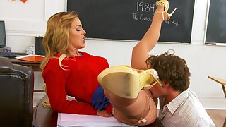 Sex teacher eaten out bring to perfection their way desk