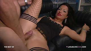 Hardcore fucking on eradicate affect leather sofa with a boss and Priscilla Salerno
